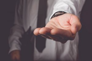 5-questions-you-must-ask-when-selecting-a-money-lender