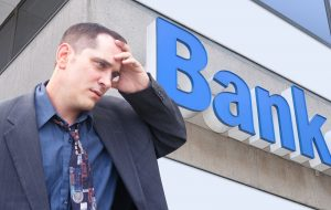 whats-the-difference-between-licensed-money-lenders-and-banks
