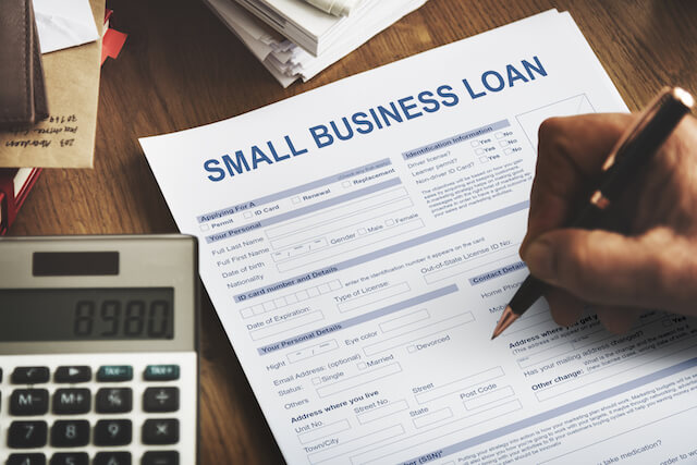 Money-lenders-and-Small-Business-Development